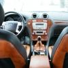 Чехлы из черно-коричневой экокожи для Ford Mondeo 4 №17