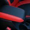 Красно-черный салон Hyundai Solaris. Перетяжка экокожей №12