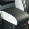 Топовые черно-белые авточехлы для Mitsubishi Pajero 2011 года №1