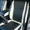 Топовые черно-белые авточехлы для Mitsubishi Pajero 2011 года №5