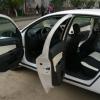 Авточехлы из черно-белой экокожи для Opel Astra H №2