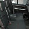 Черные авточехлы с красной строчкой для Suzuki Grand Vitara №8