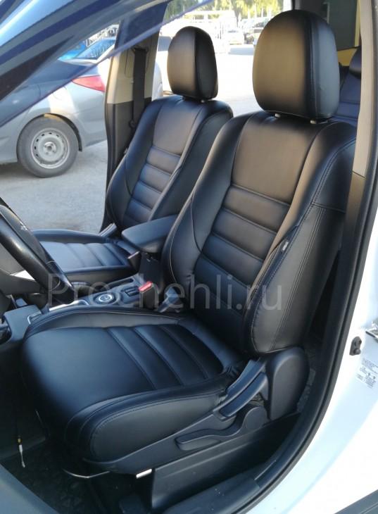 Чехлы на Mitsubishi Outlander 3 с эффектом перетяжки салона из черной экокожи №1