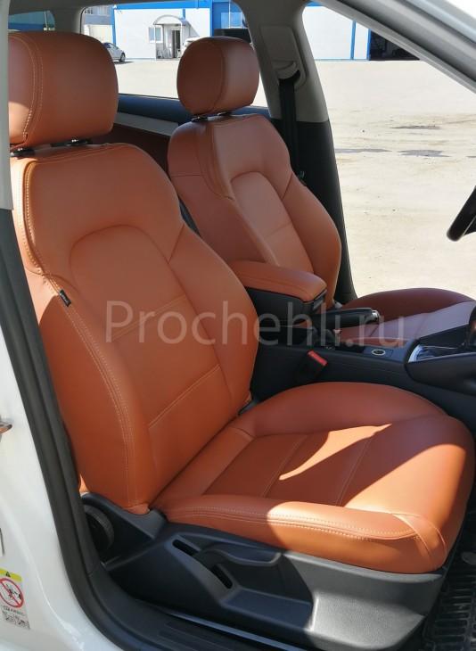 Чехлы на Audi A3 8P спорт салон с эффектом перетяжки салона из рыже-коричневой экокожи №3