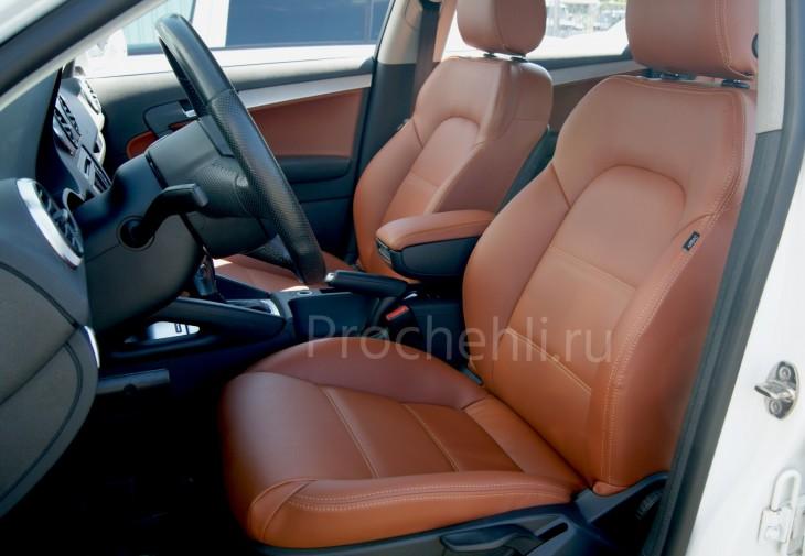 Чехлы на Audi A3 8P спорт салон с эффектом перетяжки салона из рыже-коричневой экокожи №1