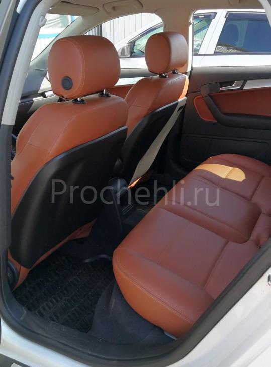 Чехлы на Audi A3 8P спорт салон с эффектом перетяжки салона из рыже-коричневой экокожи №9