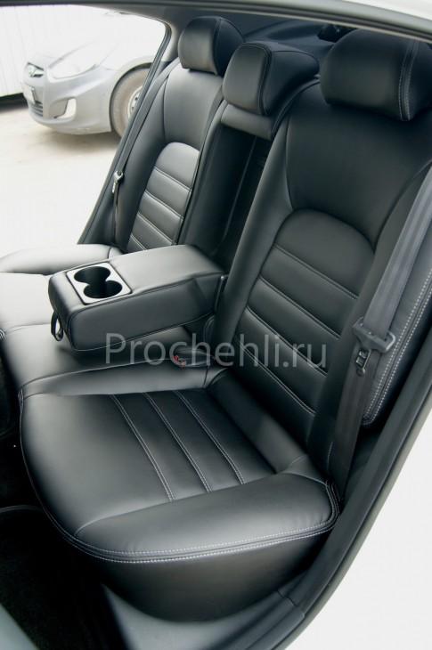 Чехлы на Kia Cerato 3 с эффектом перетяжки из черной экокожи №6