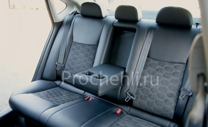Каркасные авточехлы с эффектом перетяжки салона для Nissan Sentra из черной экокожи со вставками из алькантары №4