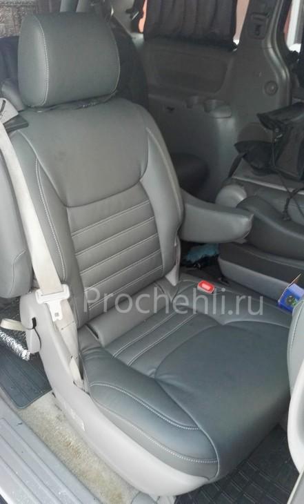 Каркасные чехлы для Toyota Sienna с эффектом перетяжки из экокожи №3