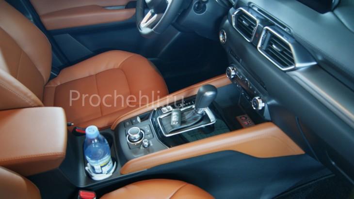 Каркасные авточехлы с эффектом перетяжки салона для Mazda CX-5 (2 поколение) из рыже-коричневой экокожи №4
