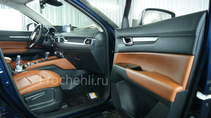 Каркасные авточехлы с эффектом перетяжки салона для Mazda CX-5 (2 поколение) из рыже-коричневой экокожи №8