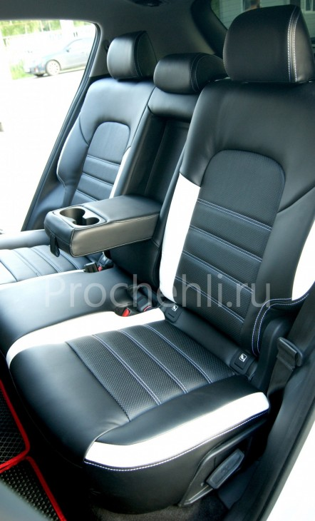 Каркасные чехлы для Kia Sportage 4 из черно-белой экокожи №6