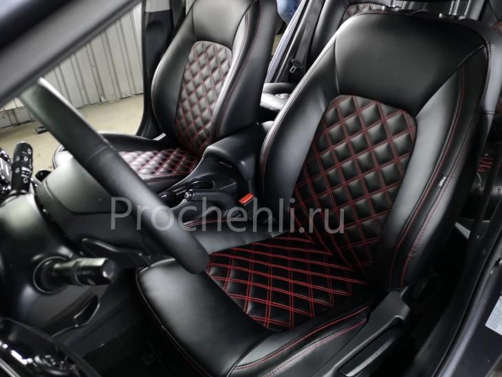 Каркасные авточехлы на Kia Ceed 2 JD из черной экокожи с двойным красным ромбом №1