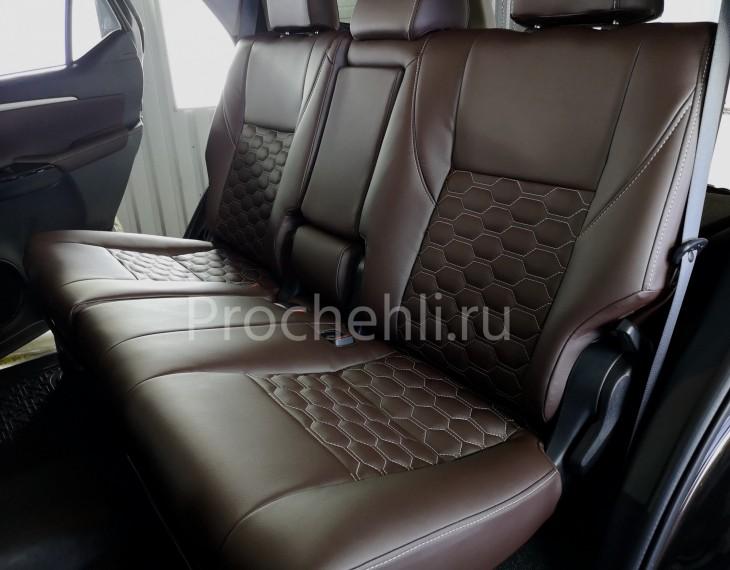 Каркасные чехлы для Toyota Fortuner 2 из темно-коричневой экокожи №3