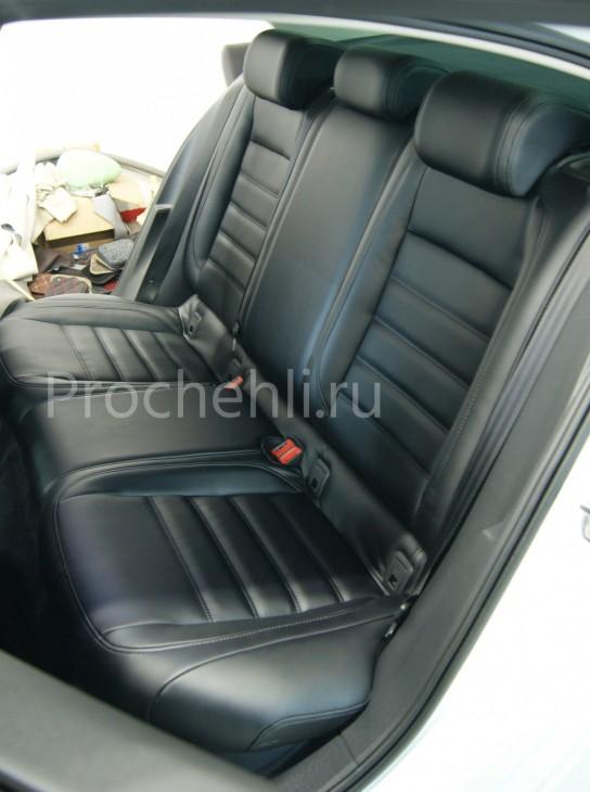 Каркасные авточехлы  для VW Passat B8 из черной экокожи №4