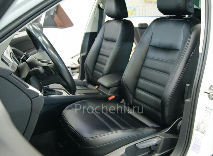 Каркасные авточехлы  для VW Passat B8 из черной экокожи №6