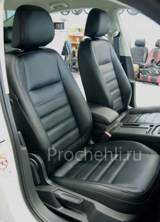 Каркасные авточехлы  для VW Passat B8 из черной экокожи №3
