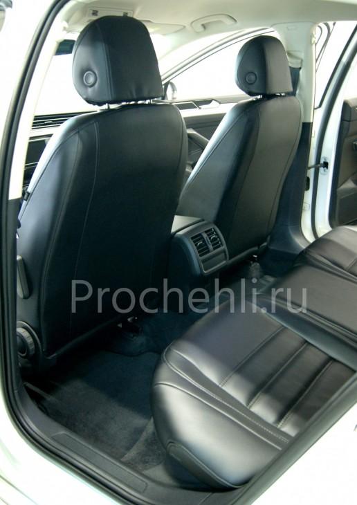 Каркасные авточехлы  для VW Passat B8 из черной экокожи №8