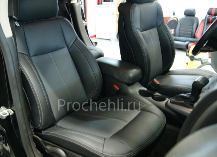 Каркасные авточехлы для Hummer H3 из черной и серой экокожи №3