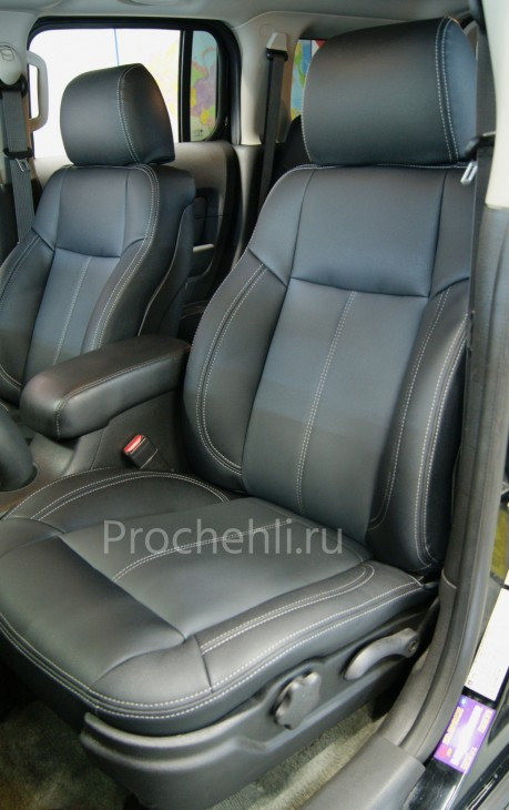 Каркасные авточехлы для Hummer H3 из черной и серой экокожи №2