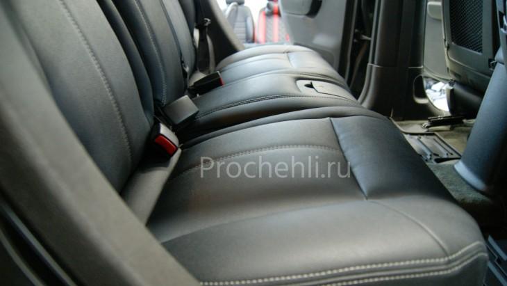 Каркасные авточехлы для Hummer H3 из черной и серой экокожи №9