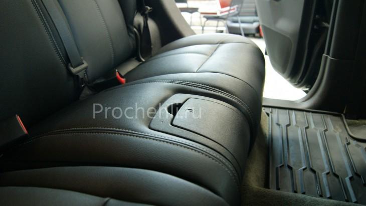 Каркасные авточехлы для Hummer H3 из черной и серой экокожи №10