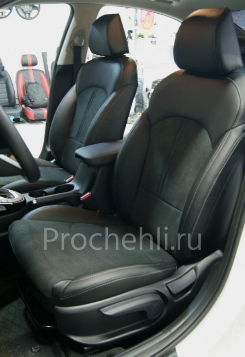 Каркасные авточехлы для Kia Cerato 4 из черной экокожи с алькантарой №3