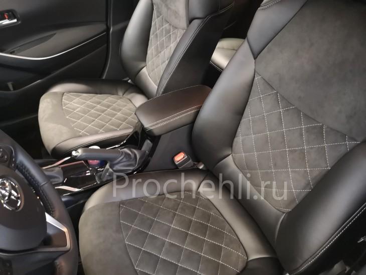 Каркасные чехлы на Toyota Corolla E210 (2019) из черной экокожи и алькантары №2