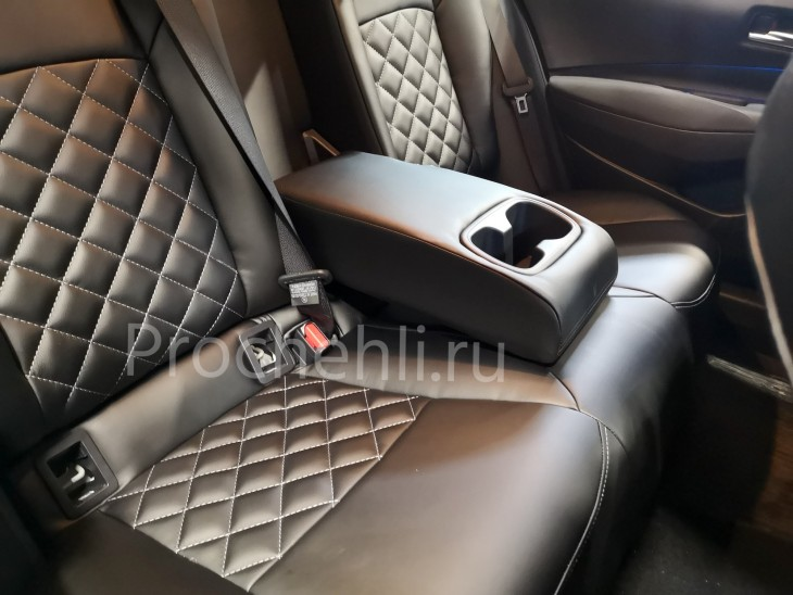 Каркасные чехлы на Toyota Corolla E210 (2019) из черной экокожи №6