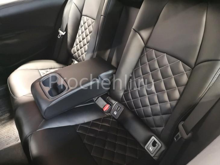 Каркасные чехлы на Toyota Corolla E210 (2019) из черной экокожи №7
