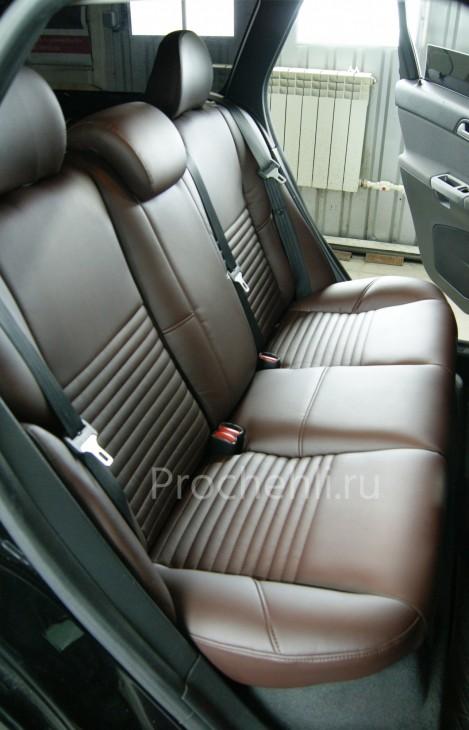 Каркасные чехлы на Volvo V50/S40 из темно-коричневой экокожи и алькантары №4