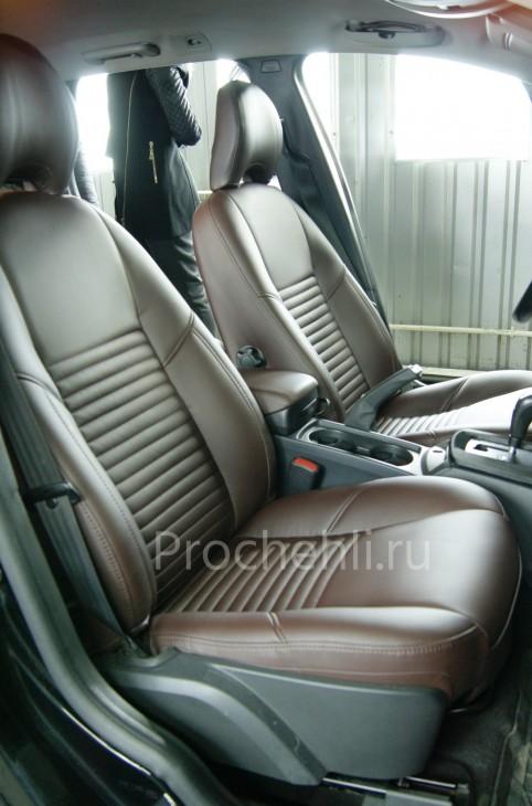 Каркасные чехлы на Volvo V50/S40 из темно-коричневой экокожи №5