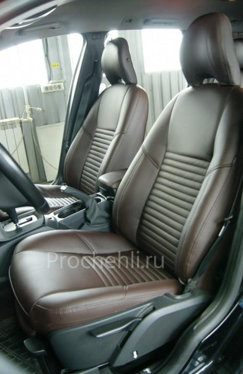 Каркасные чехлы на Volvo V50/S40 из темно-коричневой экокожи№3