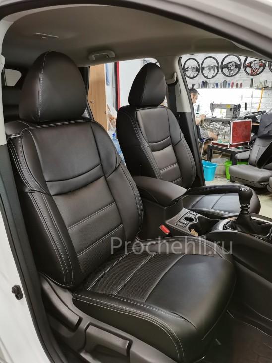 Каркасные чехлы на Nissan Qashqai 2 (2020) из черной экокожи №8
