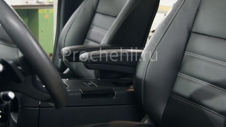Каркасные авточехлы с эффектом перетяжки салона для Mercedes Vito/V-klasse (W447) из черной экокожи с двойной строчкой №1
