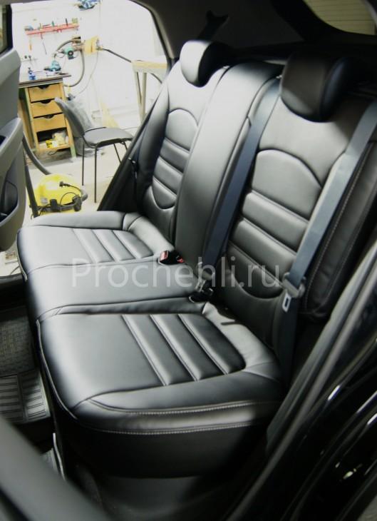 Чехлы на Hyundai Creta с эффектом перетяжки из черной экокожи №5