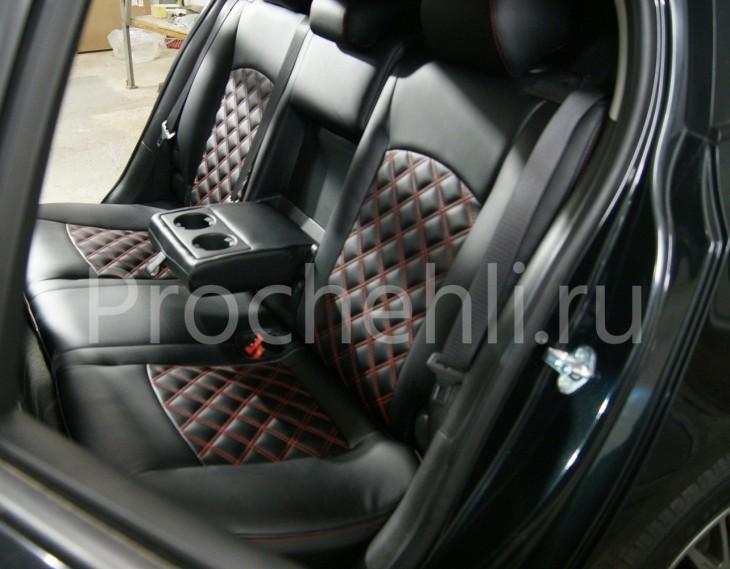 Чехлы на Chevrolet Cruze c эффектом перетяжки из черной экокожи с двойным ромбом №5