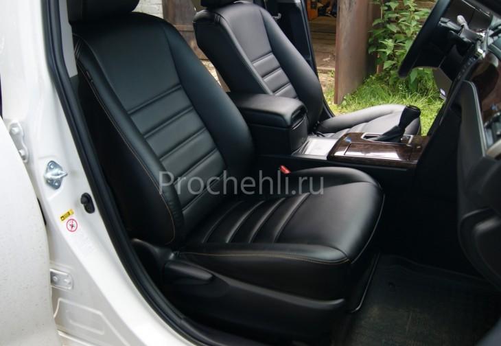 Чехлы на Toyota Camry 7 с эффектом перетяжки салона из черной экокожи с двойной строчкой №2