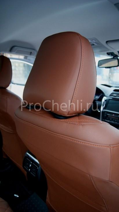 Чехлы на Toyota Camry 7 с эффектом перетяжки салона из экокожи Дакота с отстрочкой ромбиком №4