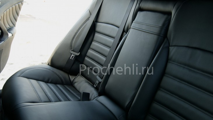 Каркасные чехлы на Lexus IS с эффектом перетяжки салона из черной экокожи №6