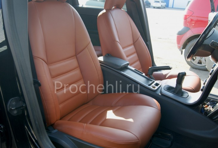 Чехлы на Volvo S40 с эффектом перетяжки салона №1