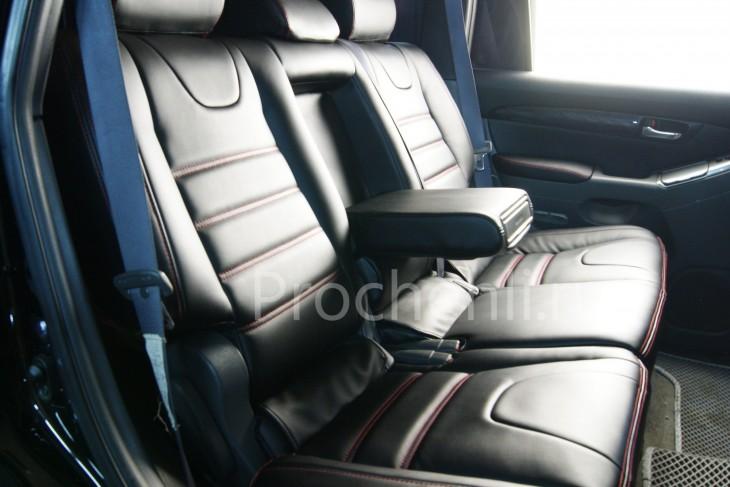 Чехлы на Toyota LC Prado 120 с эффектом перетяжки салона из черной экокожи №3