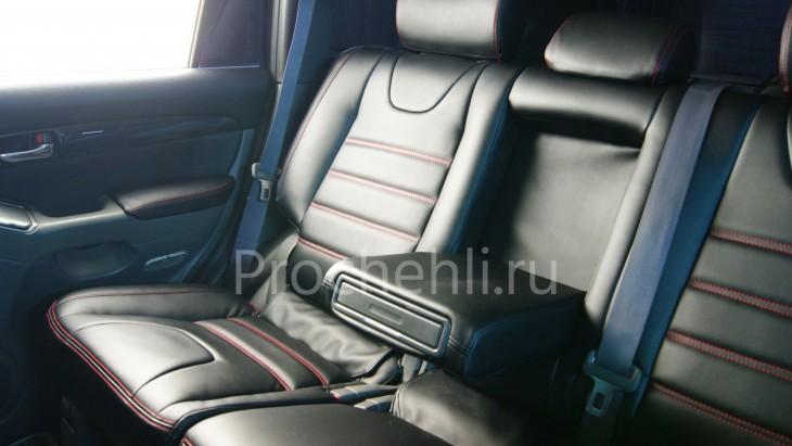 Чехлы на Toyota LC Prado 120 с эффектом перетяжки салона из черной экокожи №4
