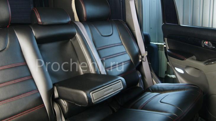 Чехлы на Toyota LC Prado 120 с эффектом перетяжки салона из черной экокожи №5