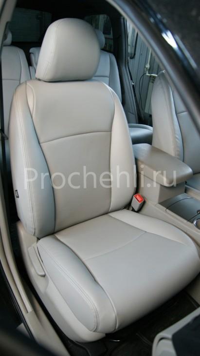 Чехлы на Toyota Highlander 2 с эффектом перетяжки из экокожи №2