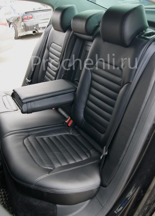 Чехлы нa VW Passat B7 с эффектом перетяжки сидений из черной экокожи №5