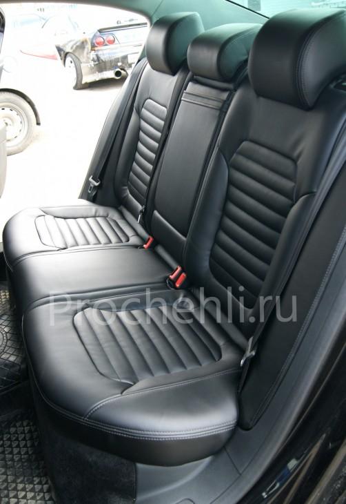 Чехлы нa VW Passat B7 с эффектом перетяжки сидений из черной экокожи №6